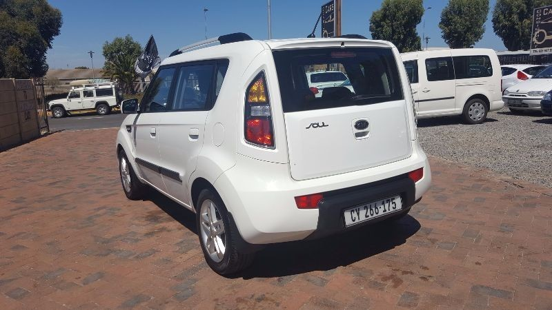 used kia soul 1 6 for sale in western cape id 1899877. Black Bedroom Furniture Sets. Home Design Ideas
