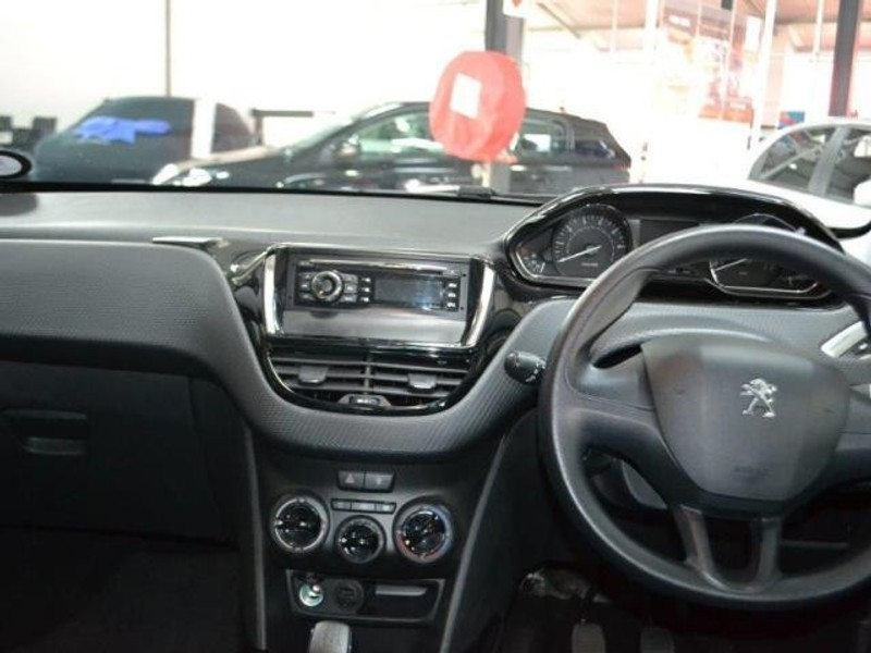 used peugeot 2008 1 2 vti access for sale in gauteng id 1900300. Black Bedroom Furniture Sets. Home Design Ideas