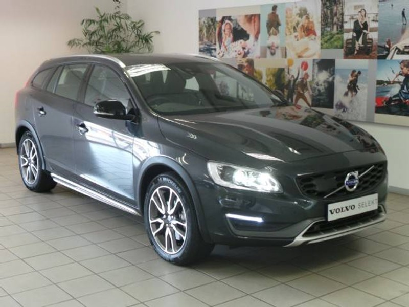 used volvo v60 cc t5 momentum geartronic awd for sale in gauteng id 1903507. Black Bedroom Furniture Sets. Home Design Ideas