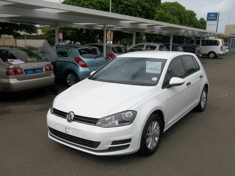 used volkswagen golf vii 1 4 tsi trendline for sale in kwazulu natal id 1907281. Black Bedroom Furniture Sets. Home Design Ideas