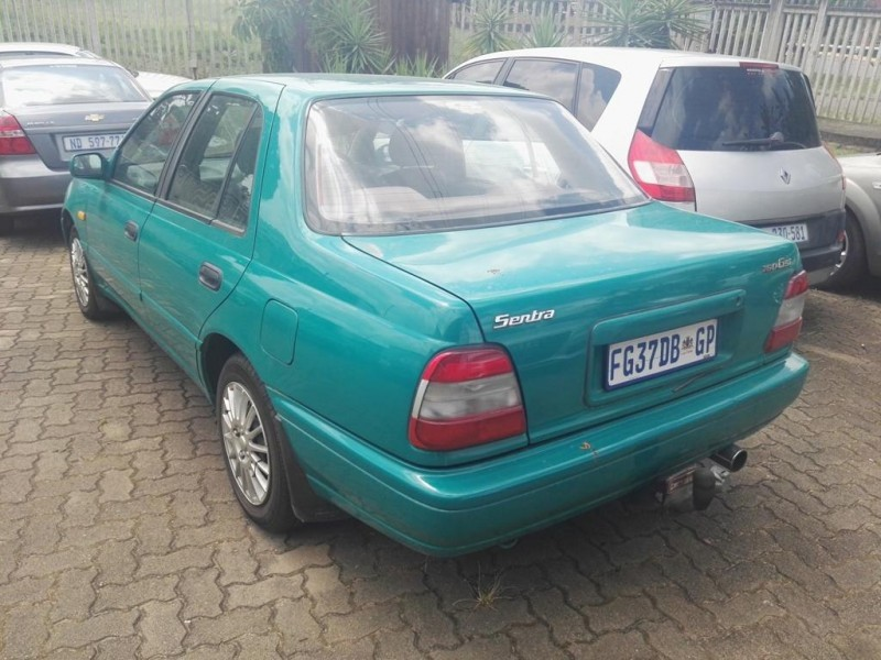 used nissan sentra 160 gsi a t a c for sale in kwazulu natal id 1908577. Black Bedroom Furniture Sets. Home Design Ideas