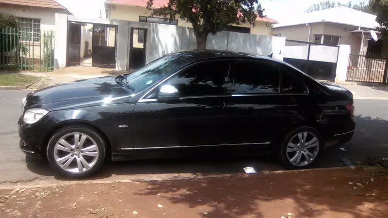 Used mercedes benz c class c200k for sale in gauteng for Mercedes benz c class 2008 for sale