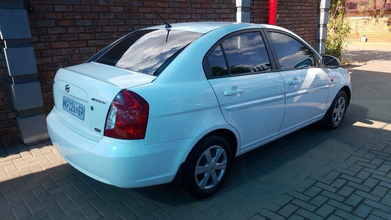 used hyundai accent 1 6 gls hs a t for sale in gauteng id 1908902. Black Bedroom Furniture Sets. Home Design Ideas