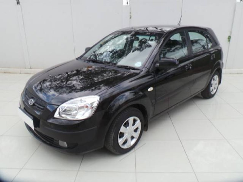used kia rio 1 4 5dr for sale in kwazulu natal id 1909753. Black Bedroom Furniture Sets. Home Design Ideas