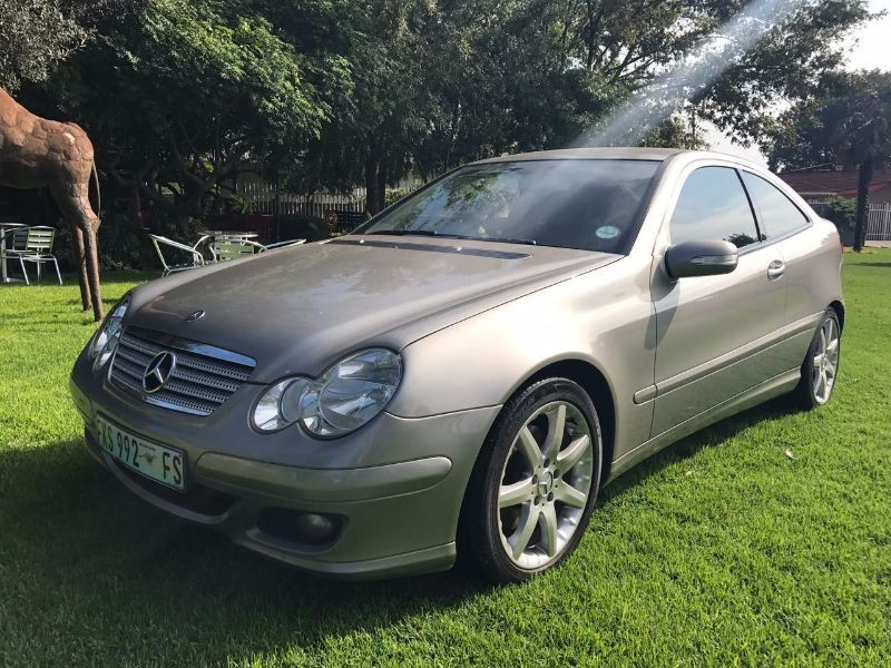 Used mercedes benz c class c230 v6 coupe for sale in for 2008 mercedes benz c230