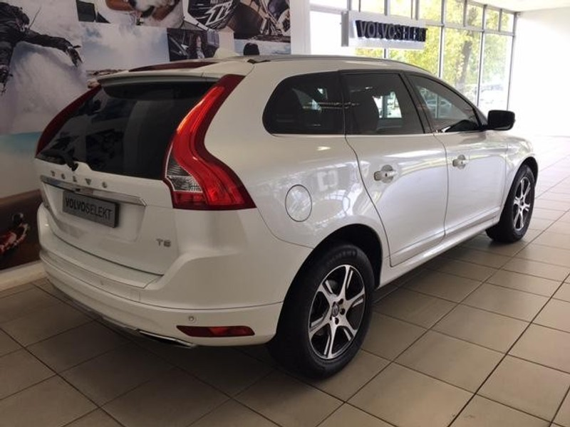 used volvo xc60 t5 excel geartronic drive e for sale in gauteng id 1912030. Black Bedroom Furniture Sets. Home Design Ideas