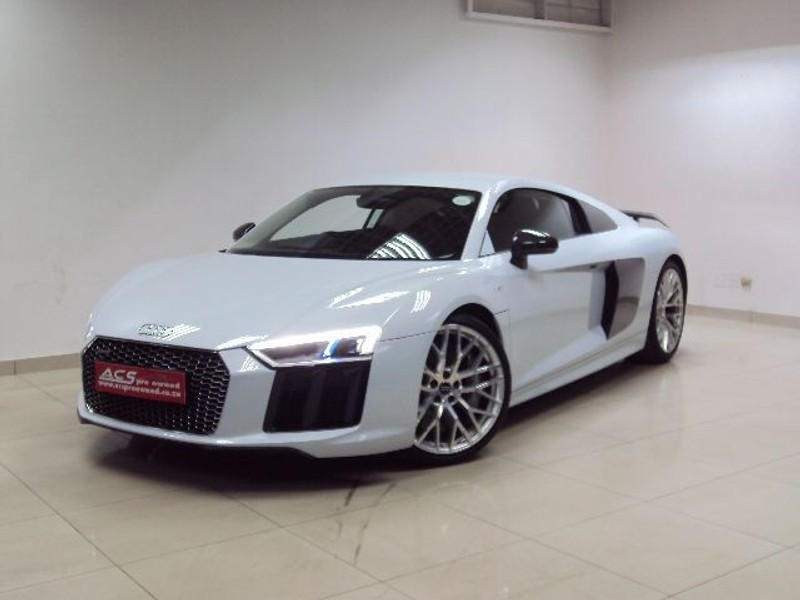 used audi r8 v10 plus 5 2 fsi quattro s tronic 5000kms for sale in gauteng id 1916035. Black Bedroom Furniture Sets. Home Design Ideas