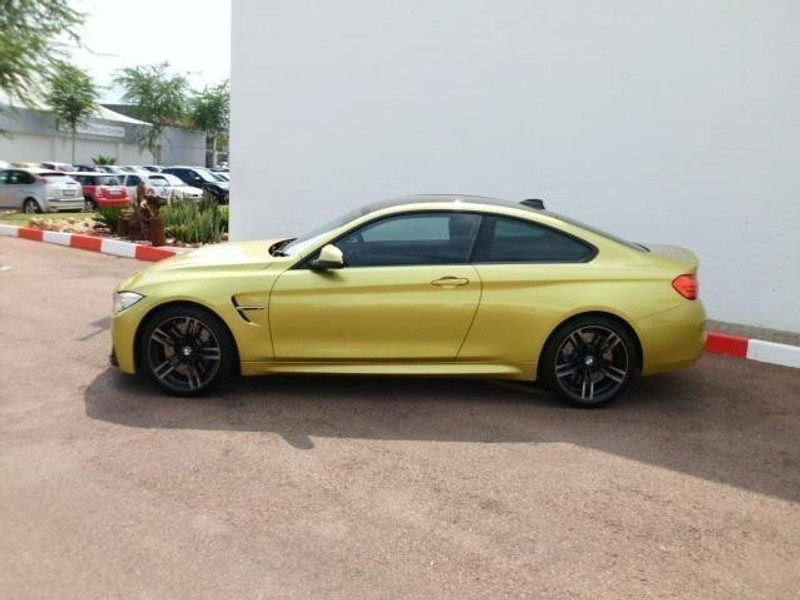 used bmw m4 coupe m dct for sale in gauteng id 1918400. Black Bedroom Furniture Sets. Home Design Ideas