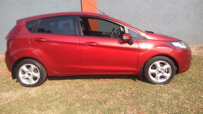 used ford fiesta trend 5dr for sale in gauteng id 1921438. Black Bedroom Furniture Sets. Home Design Ideas