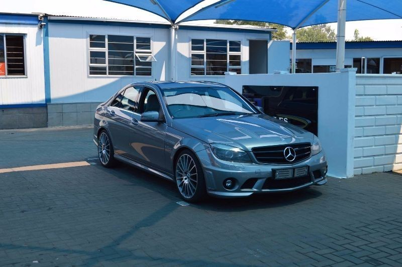 Used mercedes benz c class c63 amg for sale in gauteng for Mercedes benz c63 amg 2009