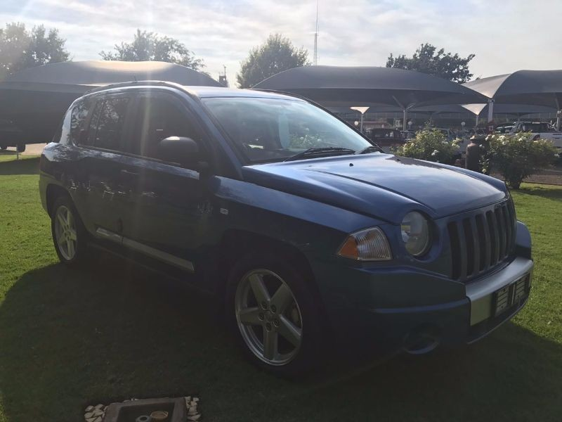 used jeep compass 2 0 crd limited for sale in gauteng. Black Bedroom Furniture Sets. Home Design Ideas