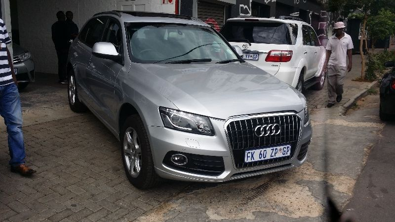 Used audi q5 2 0 tdi sun roof comfortline for sale in for Sun motor cars audi