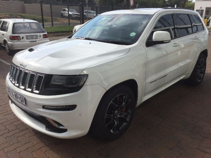 used jeep grand cherokee 6 4 srt for sale in gauteng id 1925116. Black Bedroom Furniture Sets. Home Design Ideas