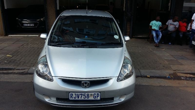 used honda jazz 1 5 executive for sale in gauteng id 1926182. Black Bedroom Furniture Sets. Home Design Ideas