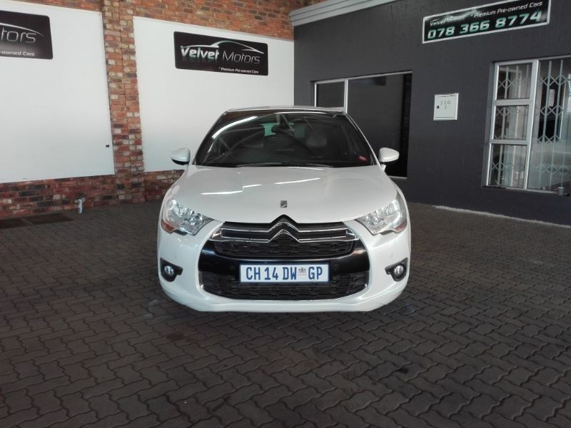 used citroen ds4 1 6 thp 200 sport 5dr for sale in gauteng id 1927942. Black Bedroom Furniture Sets. Home Design Ideas