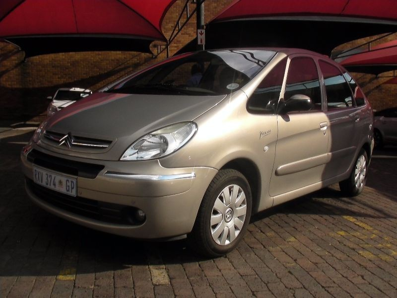 used citroen xsara picasso 2 0 hdi exclusive for sale in gauteng id 1927987. Black Bedroom Furniture Sets. Home Design Ideas