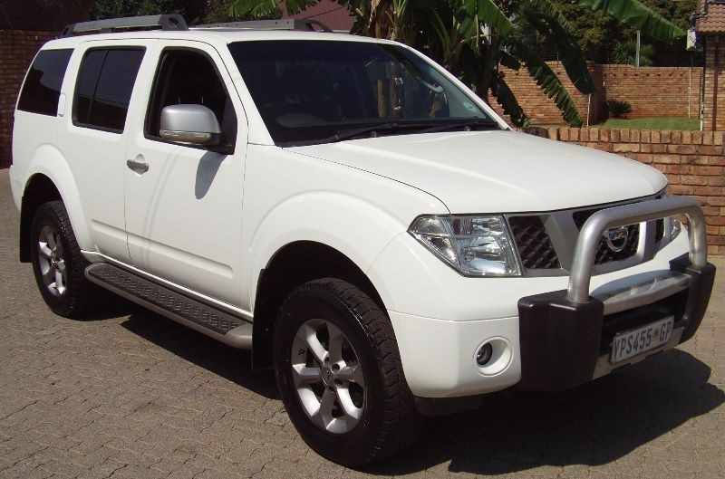used nissan pathfinder 2 5 dci 4x4 le a t l16 7 seater fin available for sale in gauteng. Black Bedroom Furniture Sets. Home Design Ideas