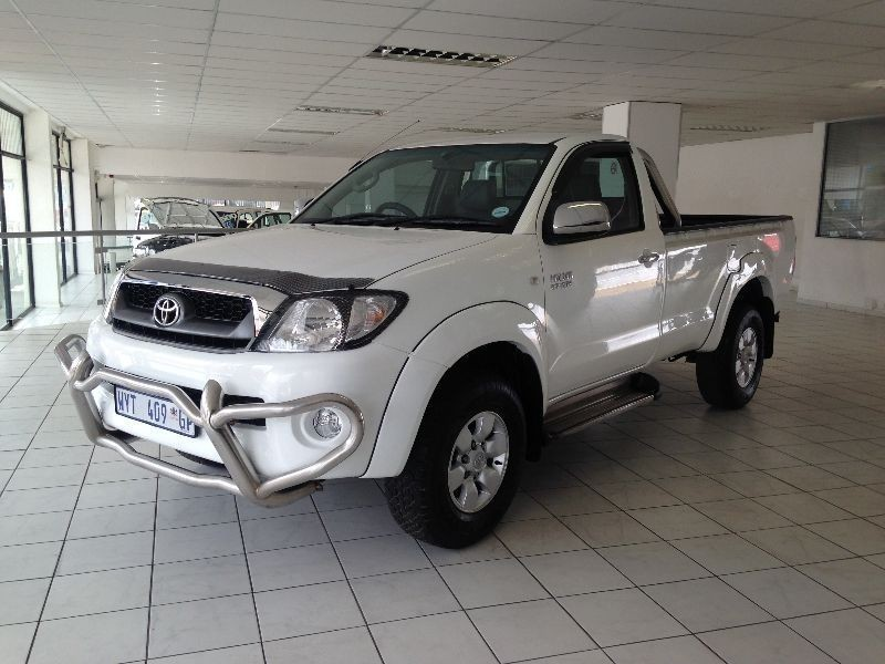 Used Toyota Hilux 2 7 Vvt I 4x4 Clean Bakkie For Sale In
