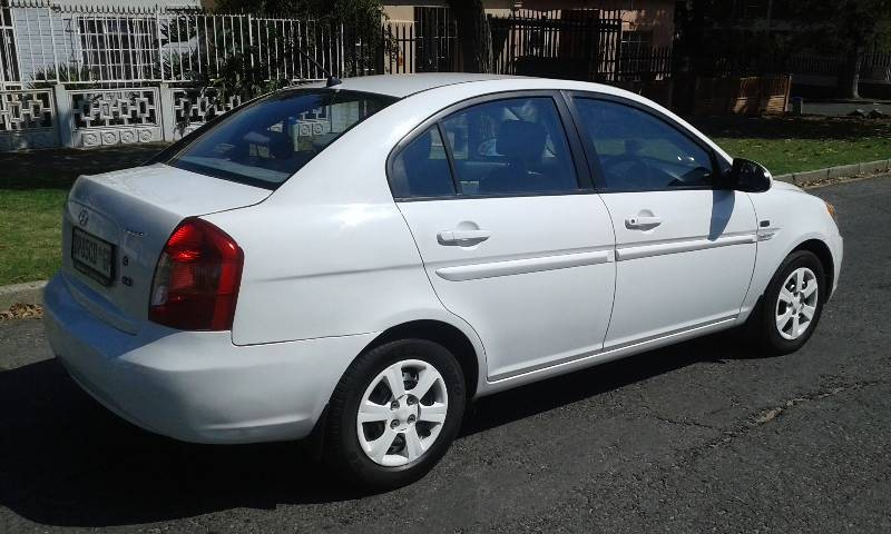 used hyundai accent 1 6 gls hs for sale in gauteng id 1930793. Black Bedroom Furniture Sets. Home Design Ideas