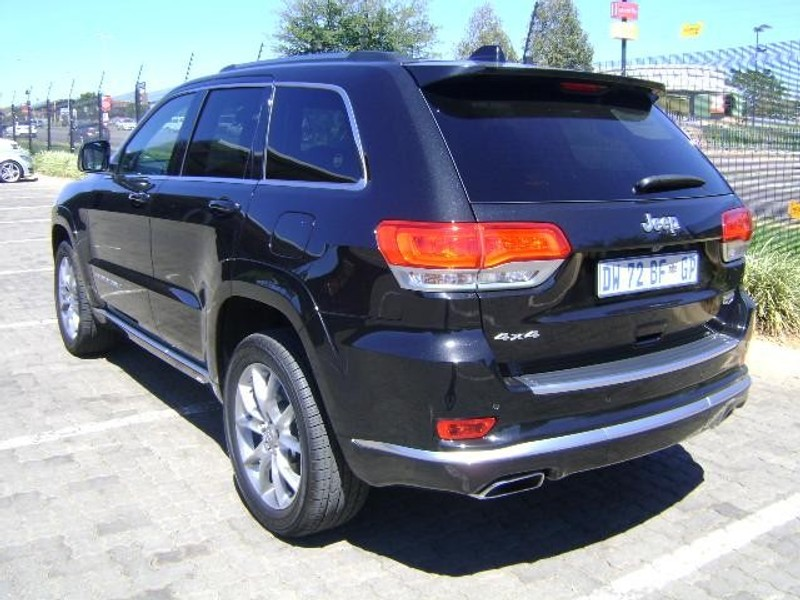 used jeep grand cherokee 3 6 summit for sale in gauteng id 1933143. Black Bedroom Furniture Sets. Home Design Ideas