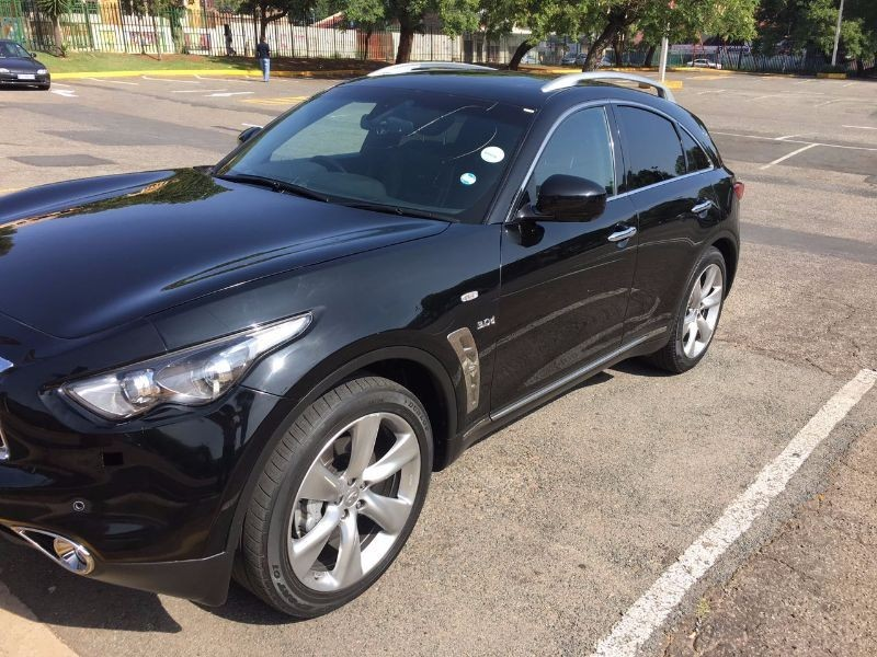 used infiniti qx70 fx30d s for sale in gauteng id 1934369. Black Bedroom Furniture Sets. Home Design Ideas