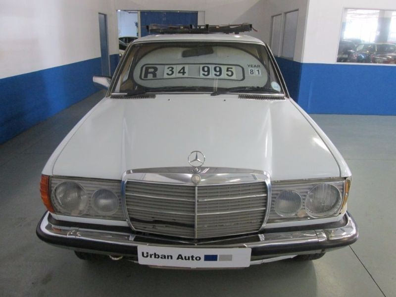 Used mercedes benz e class w123 200 series bakkie for sale for Mercedes benz e series for sale