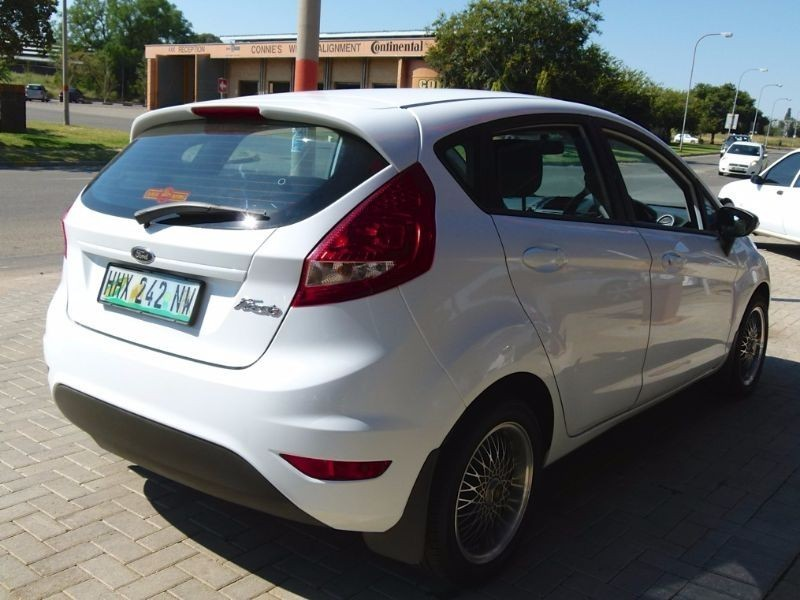 used ford fiesta trend 5dr for sale in north west province id 1935604. Black Bedroom Furniture Sets. Home Design Ideas