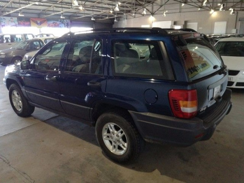 used jeep grand cherokee 4 7 v8 laredo for sale in western cape id 1940312. Black Bedroom Furniture Sets. Home Design Ideas