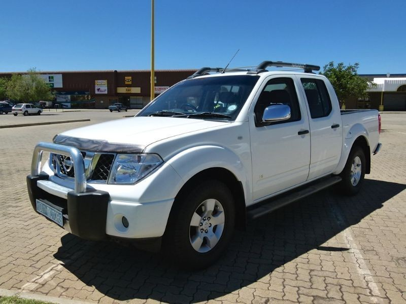 used nissan navara 4 0 v6 p u d c for sale in north west province id 1942492. Black Bedroom Furniture Sets. Home Design Ideas