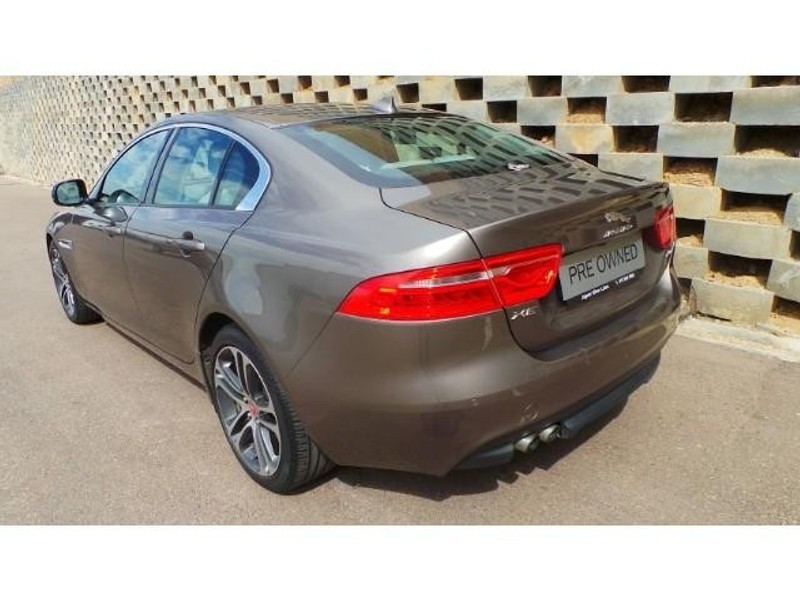 used jaguar xe 2 0d pure for sale in gauteng id 1944335. Black Bedroom Furniture Sets. Home Design Ideas