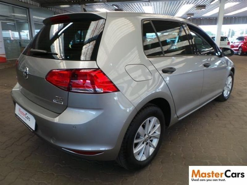 used volkswagen golf vii 1 2 tsi trendline for sale in gauteng id 1946433. Black Bedroom Furniture Sets. Home Design Ideas