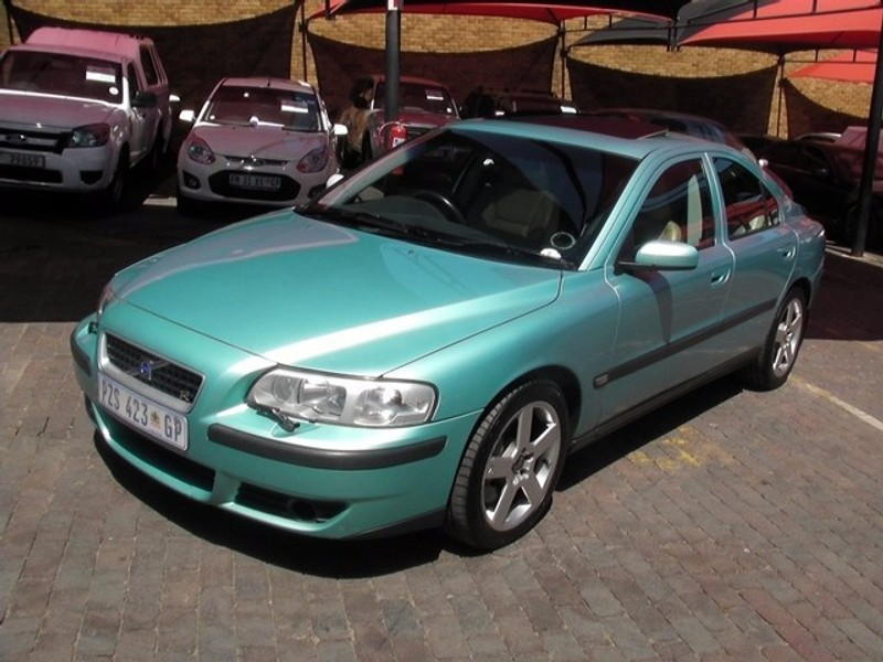 used volvo s60 r for sale in gauteng id 1947077. Black Bedroom Furniture Sets. Home Design Ideas