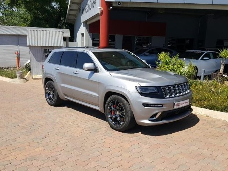 used jeep grand cherokee 6 4 srt for sale in gauteng id 1947212. Black Bedroom Furniture Sets. Home Design Ideas