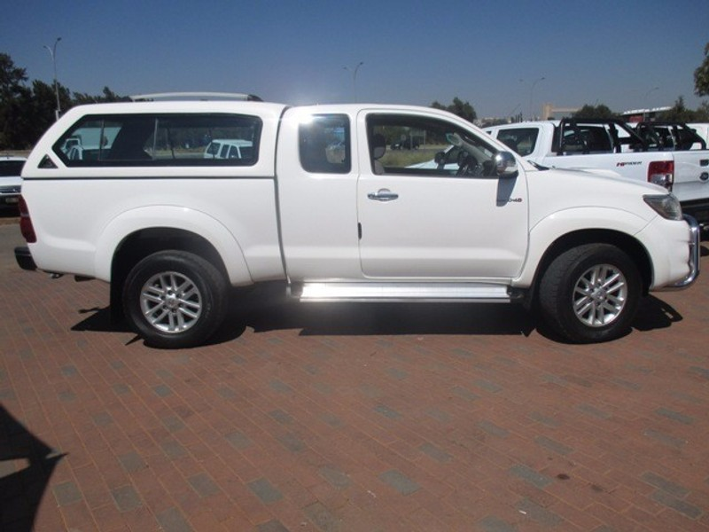 used toyota hilux raider xtra cab p u s c for sale in north west province. Black Bedroom Furniture Sets. Home Design Ideas