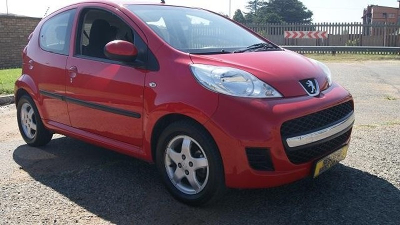 used peugeot 107 trendy for sale in gauteng id 1949719. Black Bedroom Furniture Sets. Home Design Ideas
