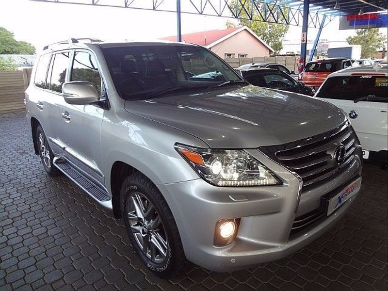used lexus lx 570 for sale in gauteng id 1951305. Black Bedroom Furniture Sets. Home Design Ideas