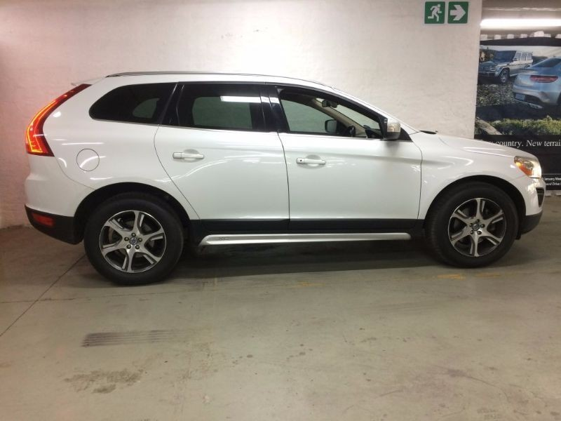 used volvo xc60 d3 geartronic excel for sale in gauteng. Black Bedroom Furniture Sets. Home Design Ideas