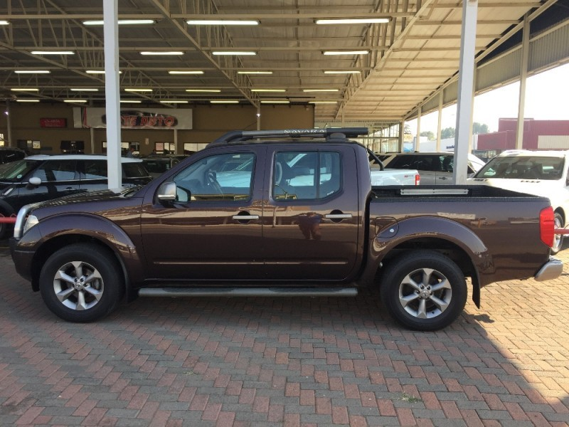used nissan navara 4 0 v6 4x4 p u d c for sale in gauteng id 1959095. Black Bedroom Furniture Sets. Home Design Ideas