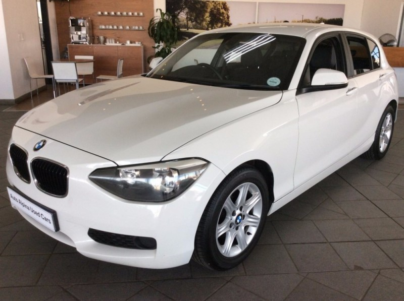 used bmw 1 series 2012 bmw 118i 5 door auto for sale in gauteng id 1972137. Black Bedroom Furniture Sets. Home Design Ideas