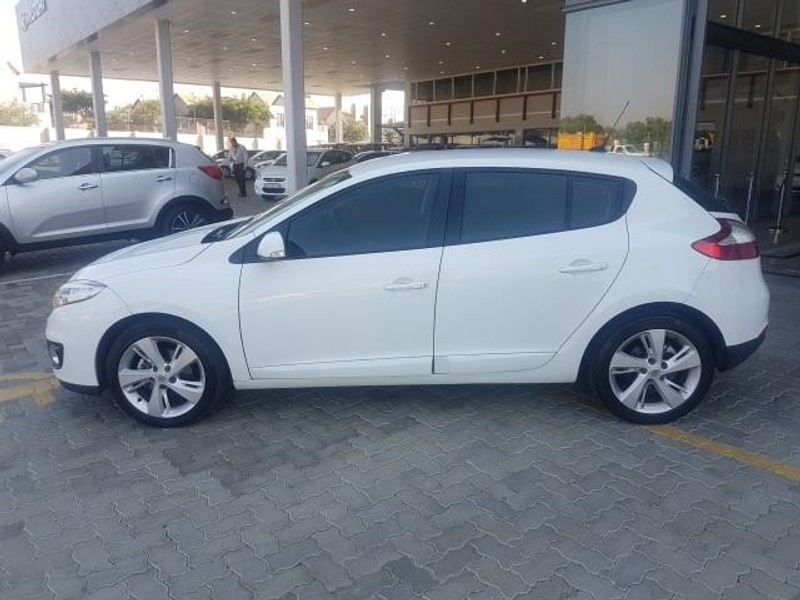 used renault megane iii 1 6 dynamique 5dr for sale in gauteng id 1972851. Black Bedroom Furniture Sets. Home Design Ideas