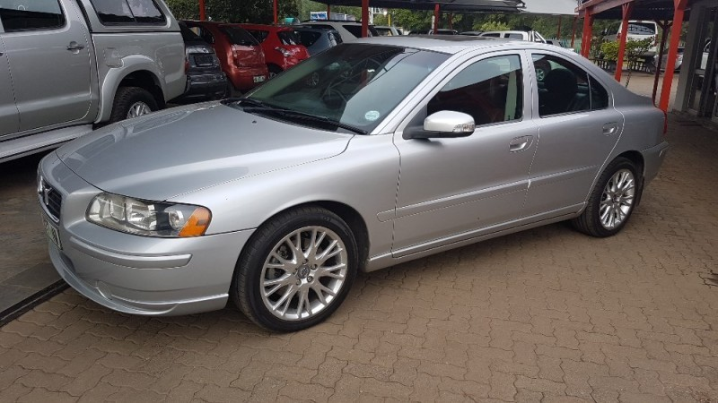 used volvo s60 t5 a t for sale in north west province id 1974631. Black Bedroom Furniture Sets. Home Design Ideas