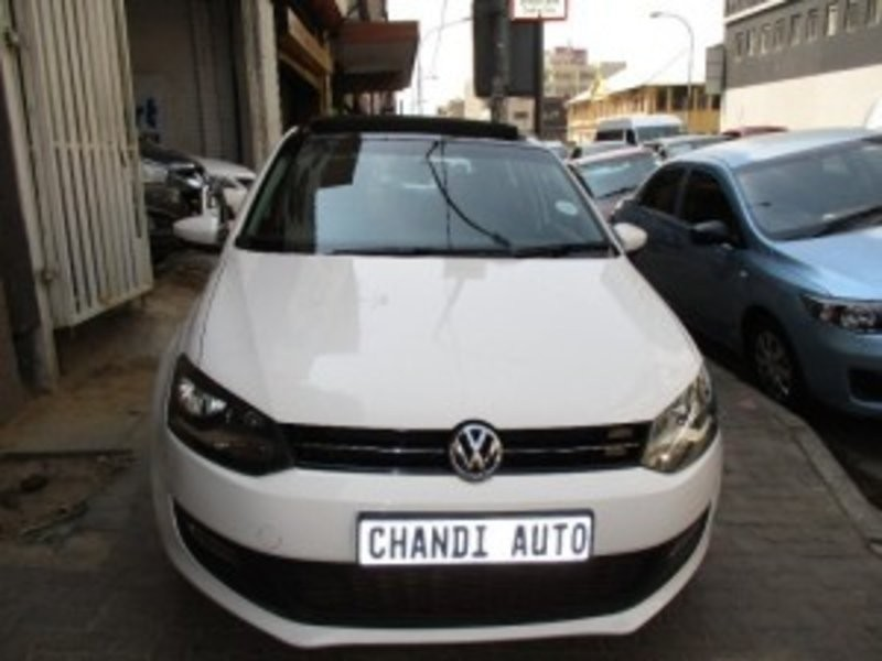 used volkswagen polo 1 4 comfortline with panoramic. Black Bedroom Furniture Sets. Home Design Ideas