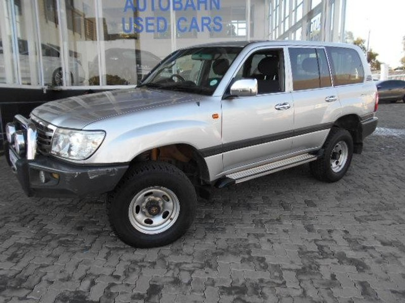 used toyota land cruiser 100 gx for sale in gauteng id 1975731. Black Bedroom Furniture Sets. Home Design Ideas