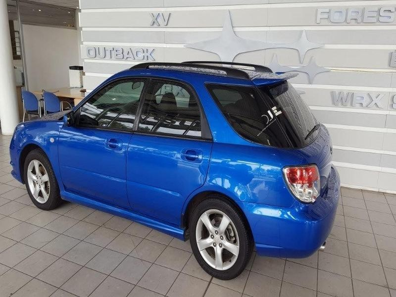 used subaru impreza 2 0 r wagon for sale in gauteng id 1976411. Black Bedroom Furniture Sets. Home Design Ideas