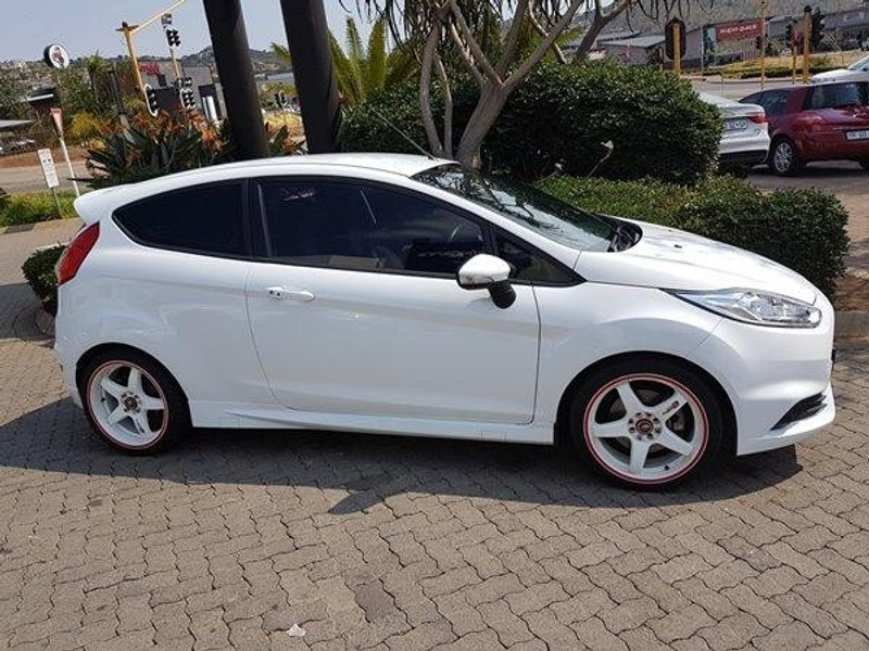 used ford fiesta st 1 6 ecoboost gdti for sale in north west province id 1983225. Black Bedroom Furniture Sets. Home Design Ideas