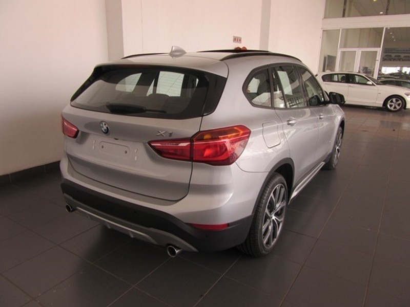 used bmw x1 xdrive20i sport line auto for sale in. Black Bedroom Furniture Sets. Home Design Ideas