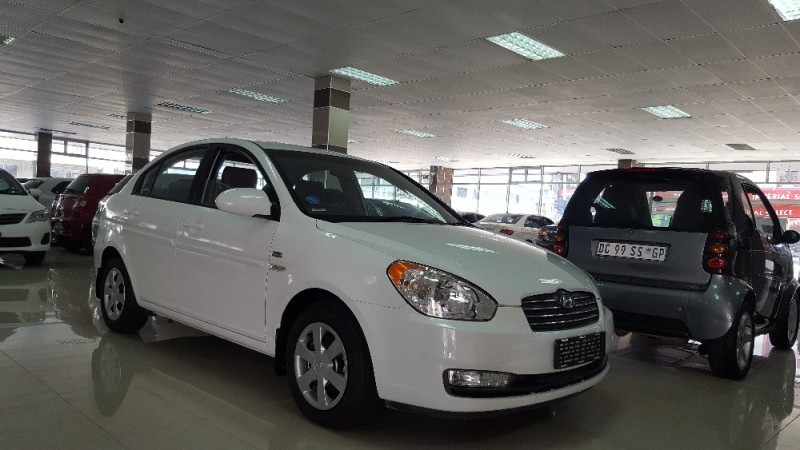 used hyundai accent 1 6 gls hs a t for sale in kwazulu. Black Bedroom Furniture Sets. Home Design Ideas