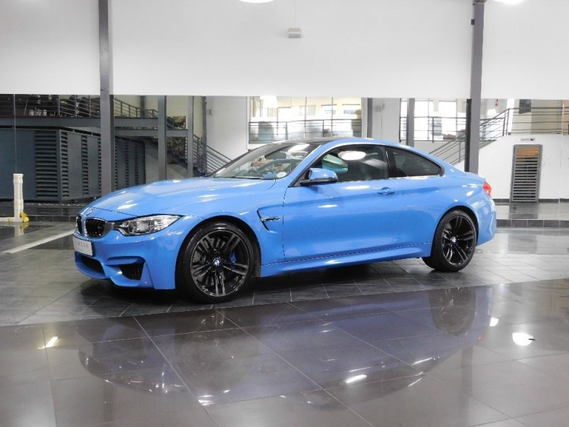 used bmw m4 coupe m dct for sale in gauteng id 1995331. Black Bedroom Furniture Sets. Home Design Ideas