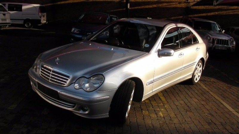 Used mercedes benz c class c350 avantgarde a t for sale in for 2006 mercedes benz c class for sale
