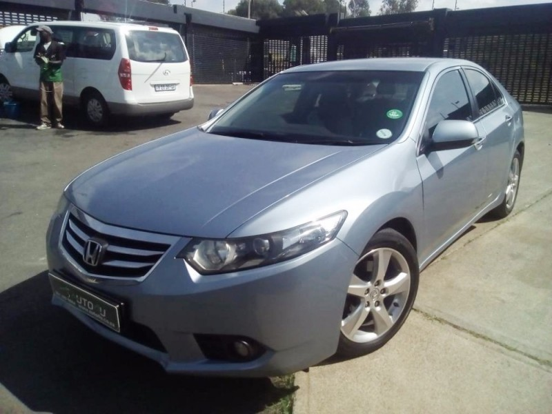 used honda accord 2 4 executive a t for sale in gauteng id 1998507. Black Bedroom Furniture Sets. Home Design Ideas